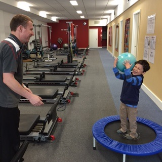 Top 3 exercises you can do with your kids to help them love & enjoy sport!
